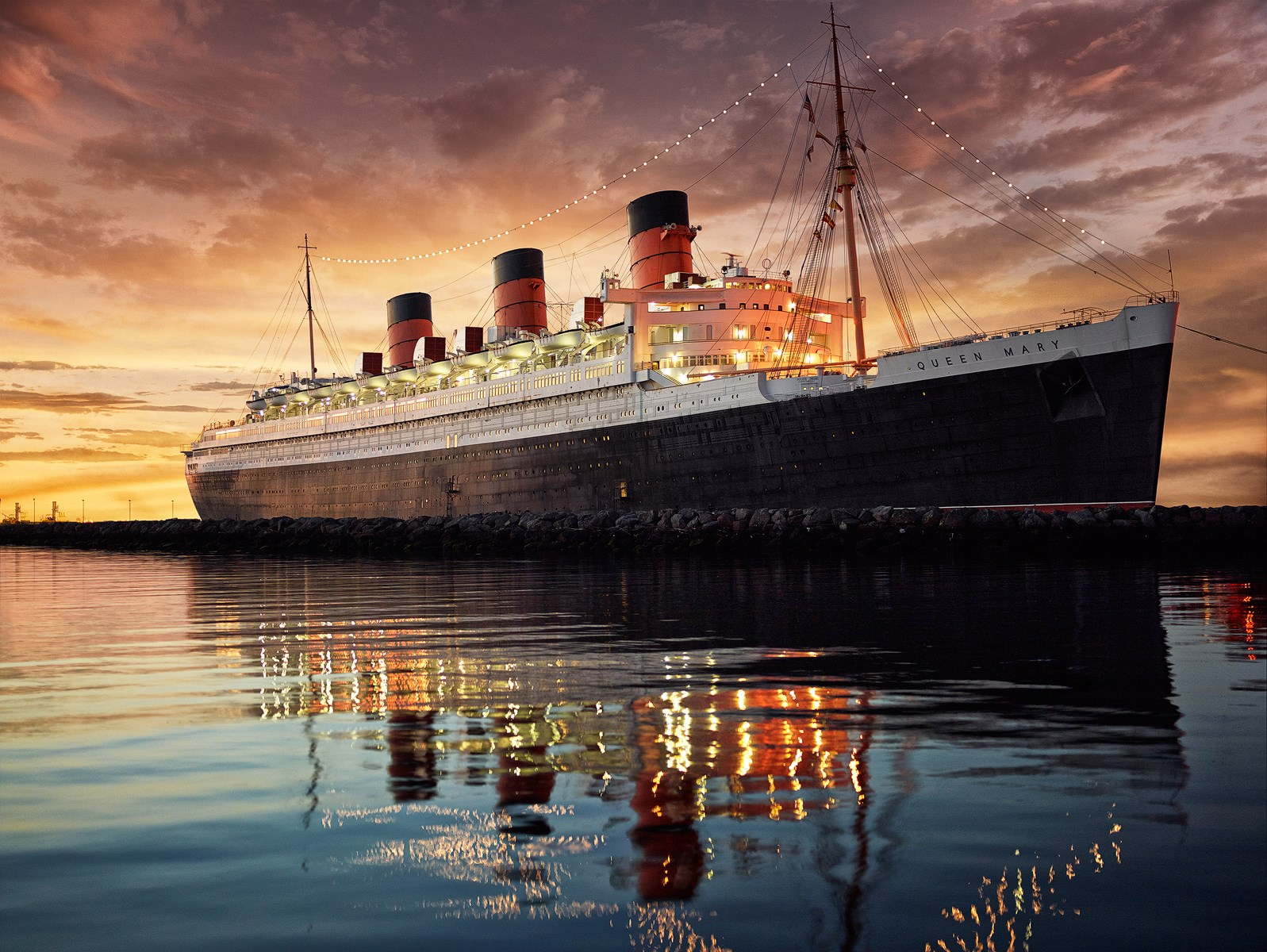 the-queen-mary-hotel-bold-magazine