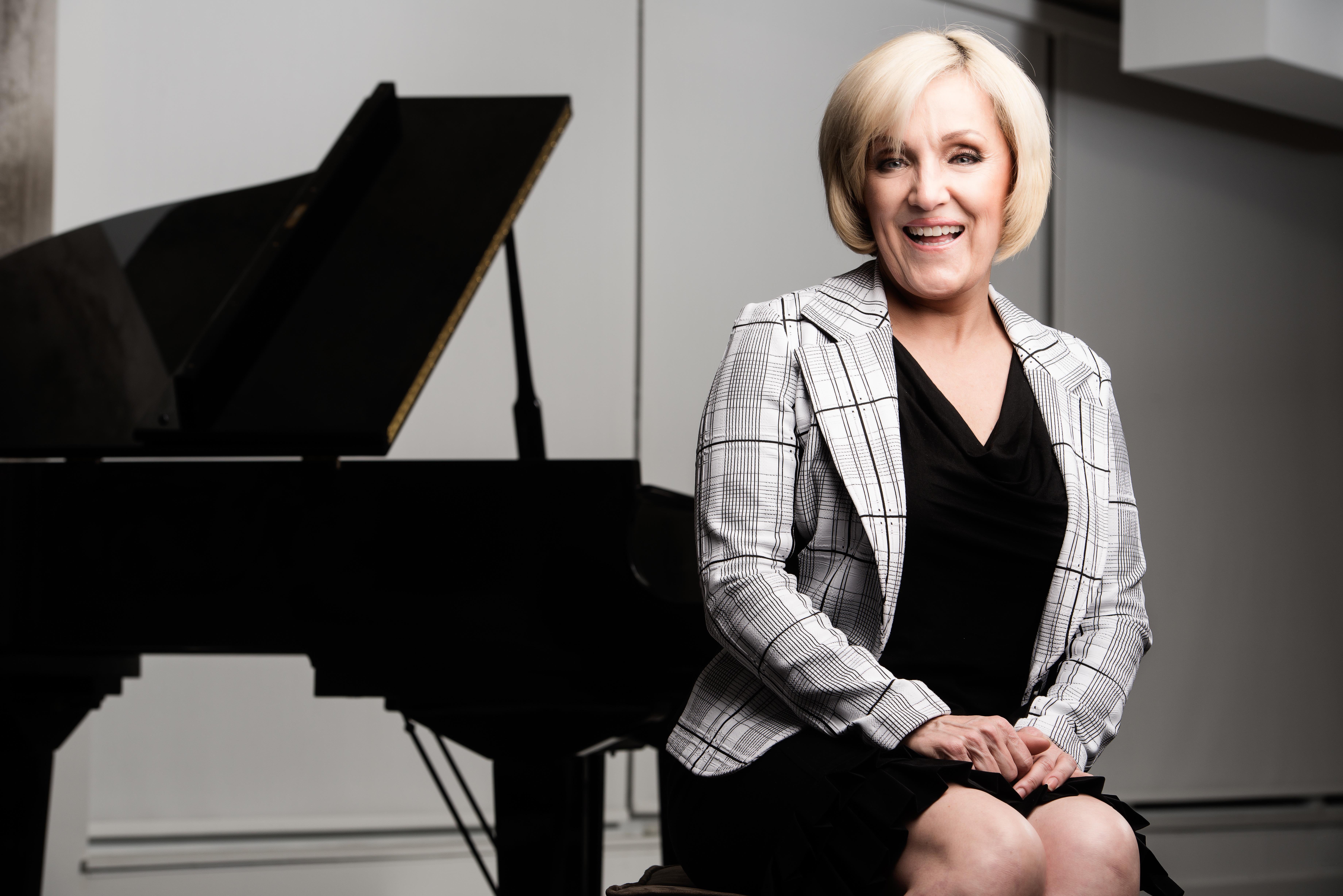 Tracyhackett.royalbank-vicepresident-boldmagazine