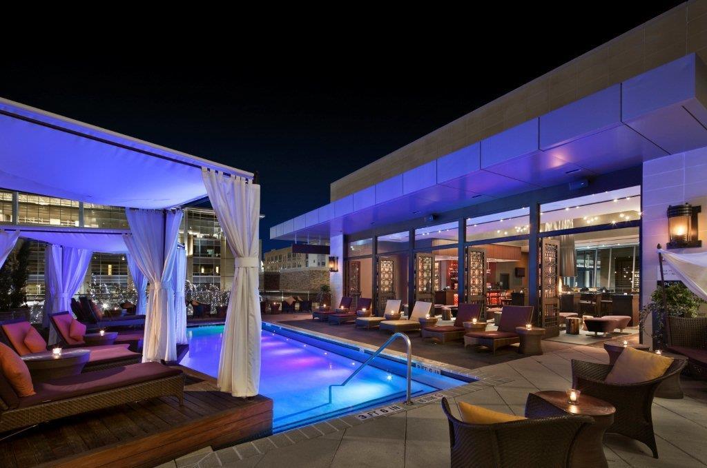 Hotel Sorella - pool towards Monnalisa bar (2)