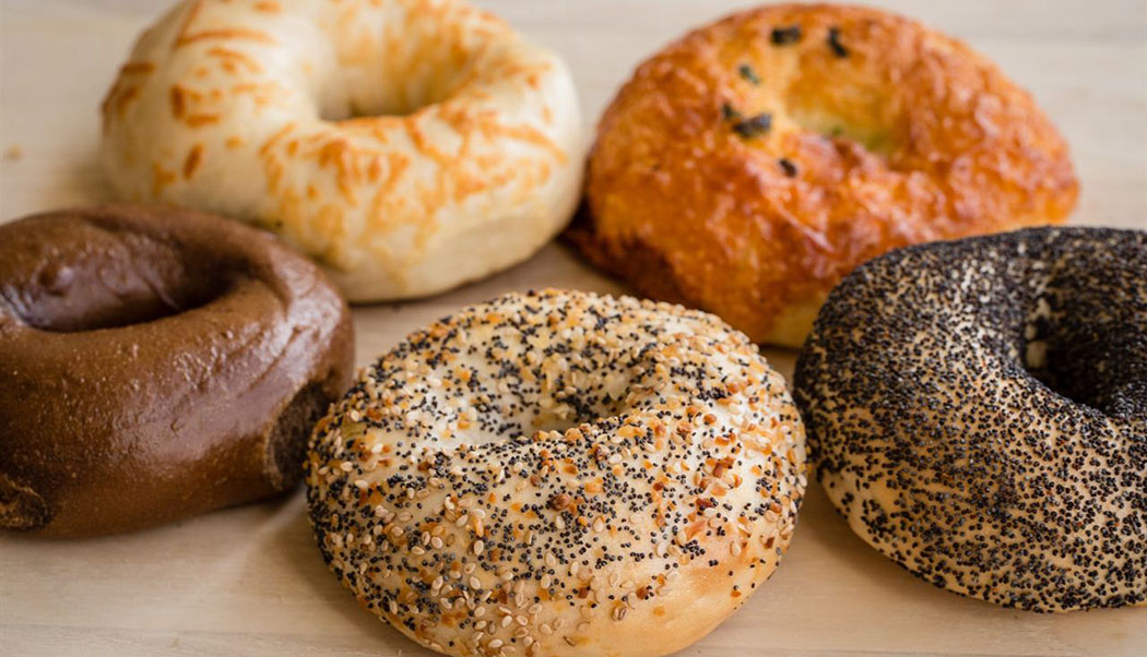 6 Top Bagels in Toronto