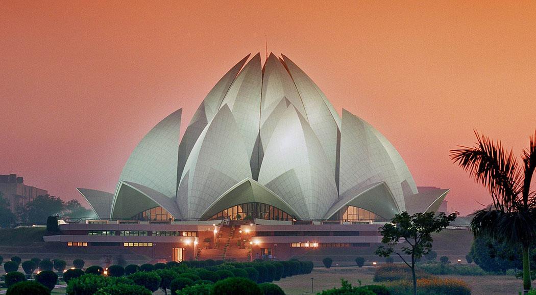 7 Stunning Architectural Facades