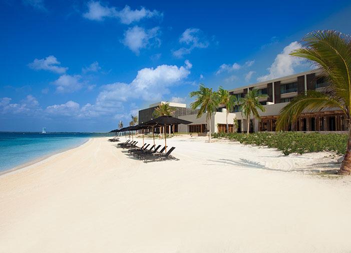 Nizuc Resort, Main Beach.