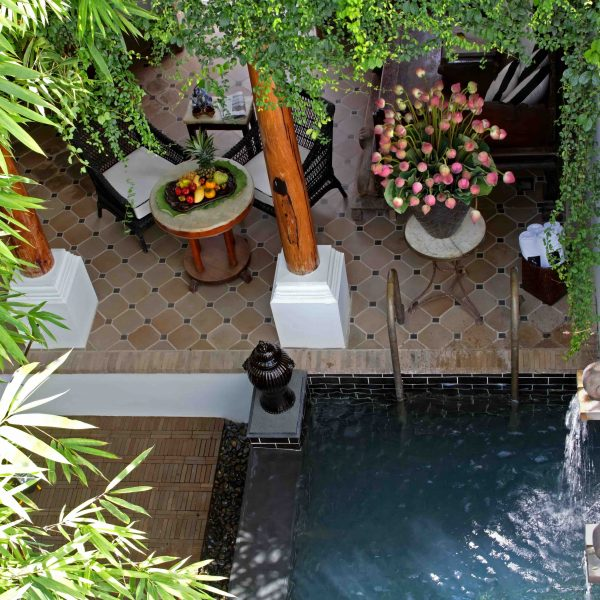 Siam-Hotel-boldmagazine.ca-13-Pool-Villa-Chinese-theme-living-area-from-rooftop
