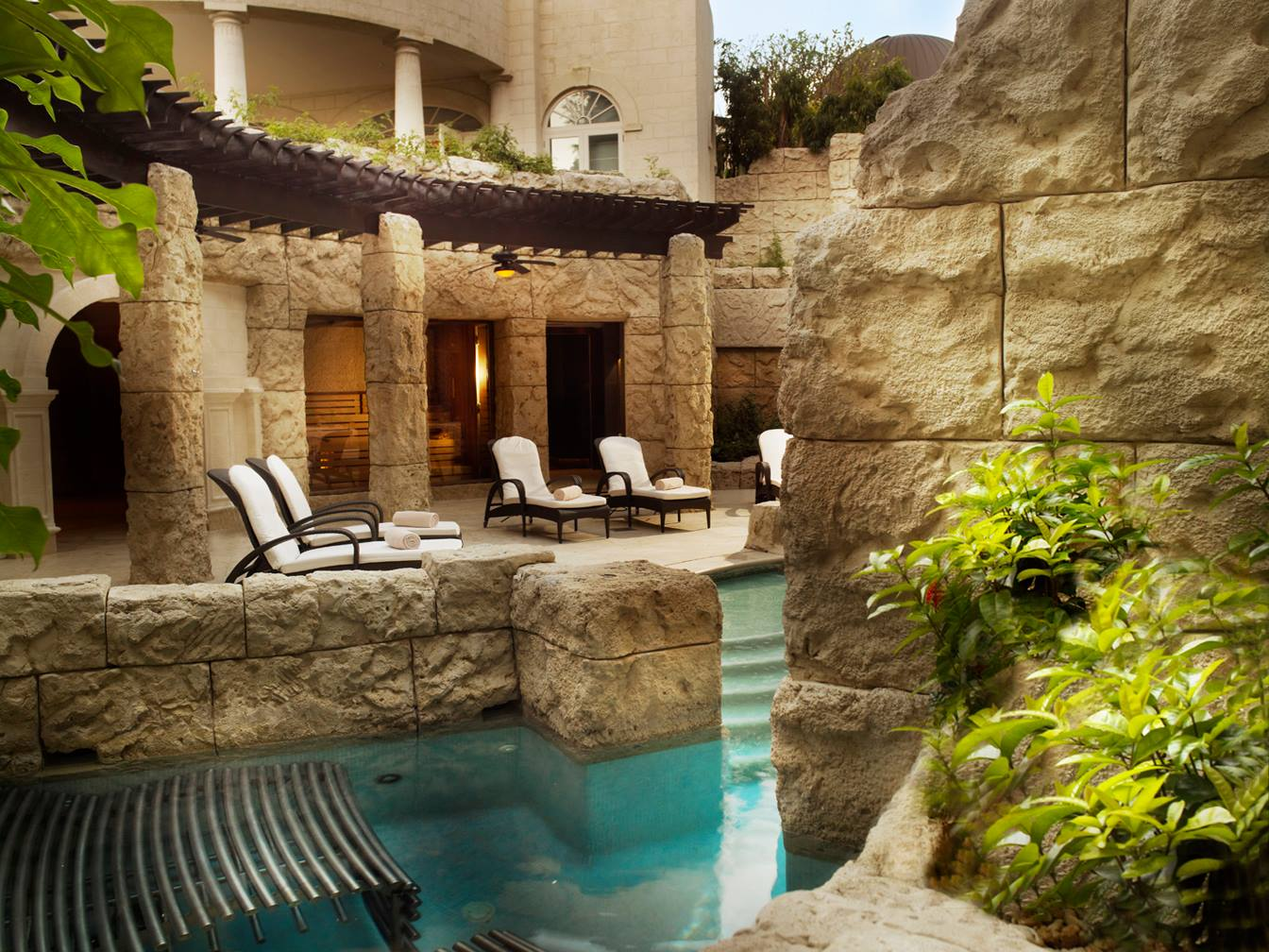 The hydrotherapy pool at the Spa, Sandy Lane.