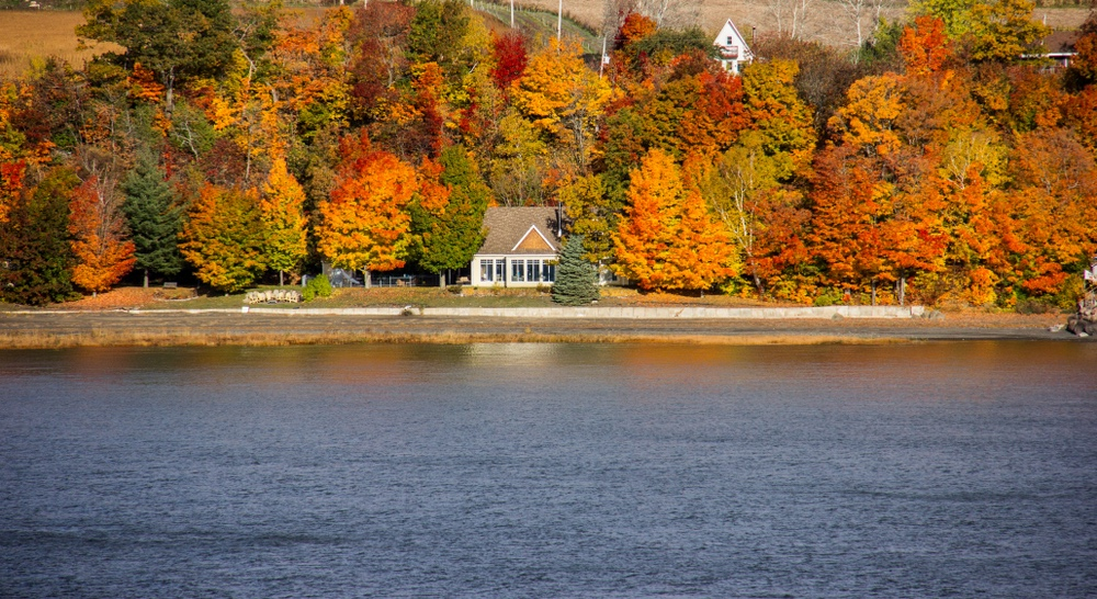 ST. LAWRENCE RIVER, QUEBEC