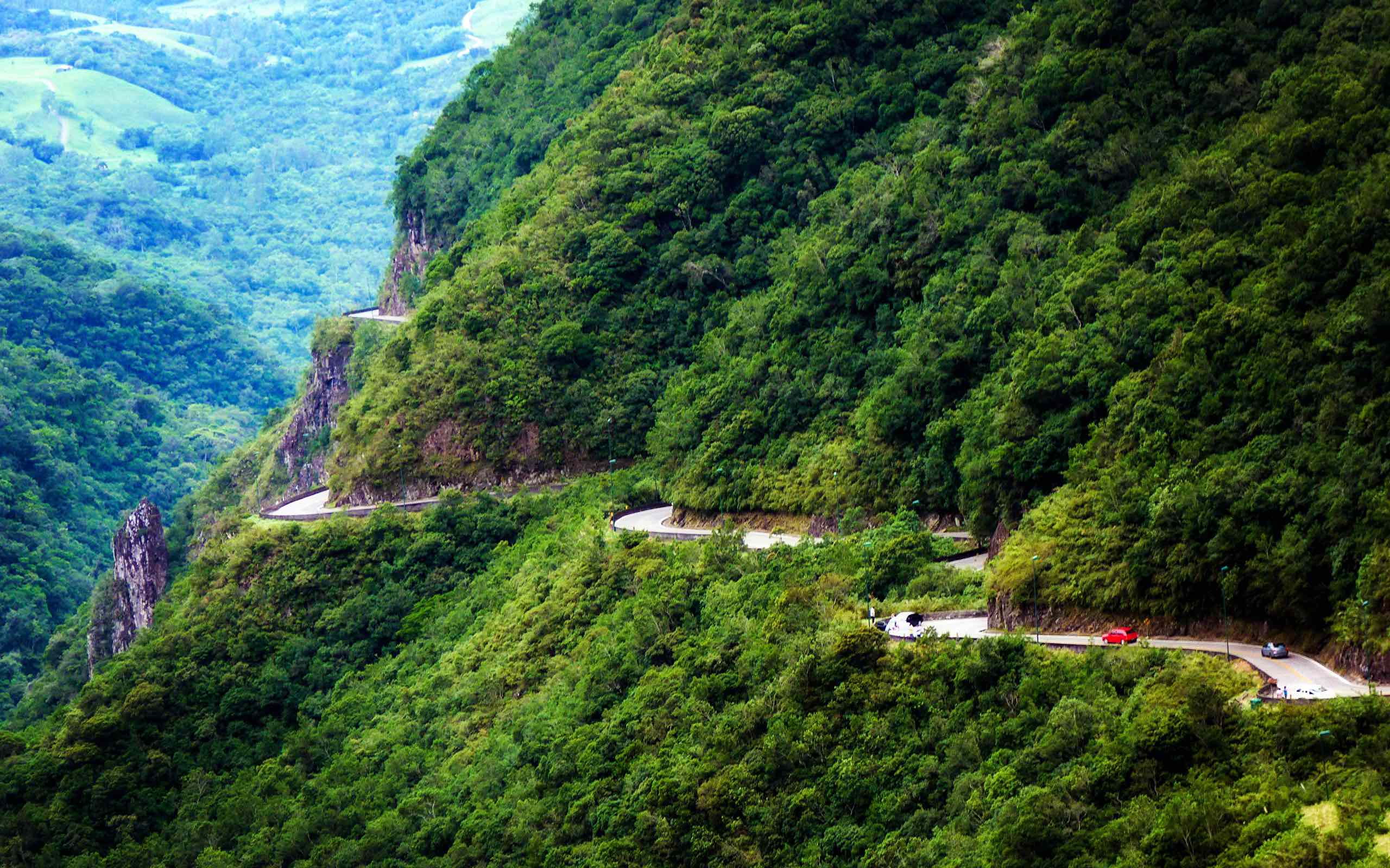 2. SC-438 (Serra do Rio do Rastro Road), Brazil