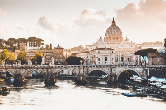 5. Dive into the rich legacy of art and architecture in Italy