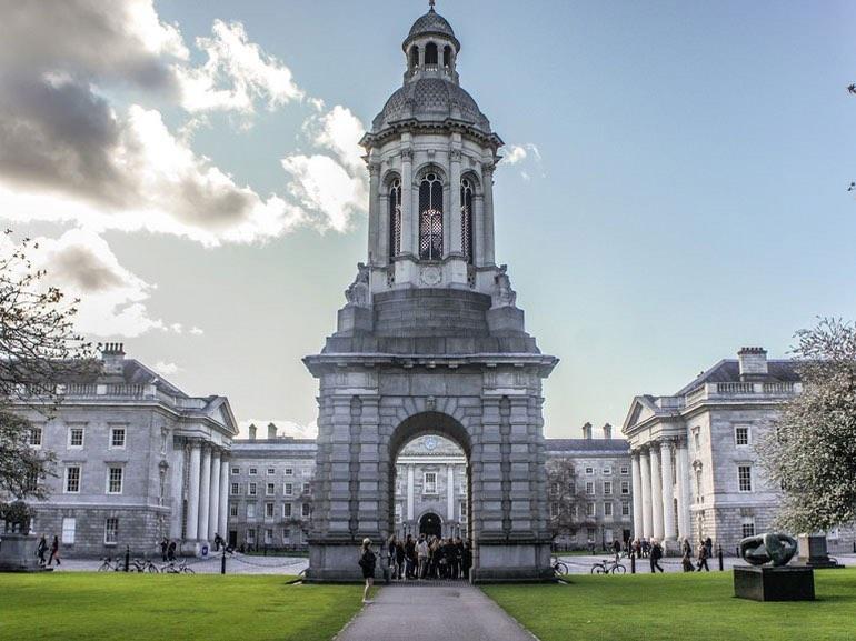 01. IRELAND
