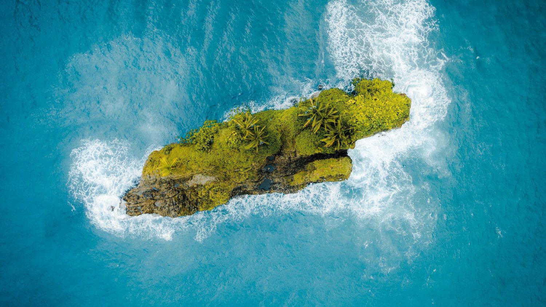Leo (July 23 – August 22)<br /> Spot: Puerto Viejo de Talamanca